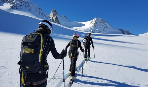 BACKCOUNTRY SKIING and TOURING  /  Private