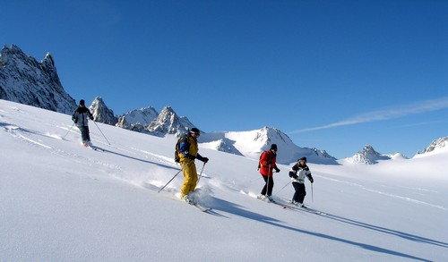 ON and OFF-PISTE GUIDING - Your ski coach